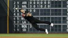 New Twins shortstop Andrelton Simmons arrives in Florida