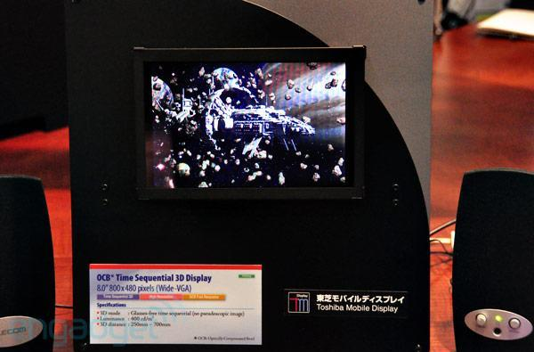 Toshiba's tablet-ready, glasses-free 3D display debuts at SID 2011 (video)