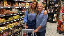 """Tici Pinheiro encontra Otávio Mesquita no supermercado: """"Comprinhas"""""""