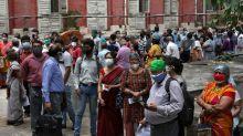 Disminuyen los casos del virus en India, pero la OMS alerta sobre las zonas rurales