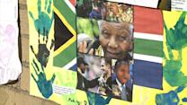 Family gathers as fears grow for 'critical' Mandela