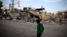 Syria's Ghouta residents 'wait to die' as bombs fall