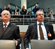 VW ex-boss denies prior knowledge of pollution cheating