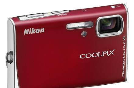 Nikon's Coolpix S51c with a lick of WiFi sugar