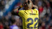 El Barça juega tan mal que hasta Arturo Vidal se da cuenta