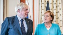 Brexit, scivolone della sterlina ai minimi da un mese
