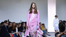 Marc Jacobs closes uncertain NY Fashion Week