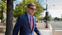 Appeals court keeps Flynn case alive, won't order dismissal