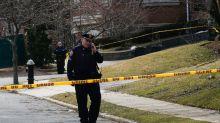 Un hombre caminó bañado en sangre hasta desplomarse en la calle