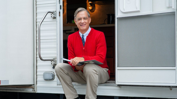 Tom Hanks singing as Mr. Rogers in 'Beautiful Day' trailer will make you cry today