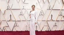 Los looks de Renée Zellweger en la alfombra roja de los Oscars