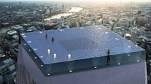 People have many, many issues with this 360-degree infinity pool picture