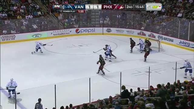 Ryan Kesler scores on a one-timer