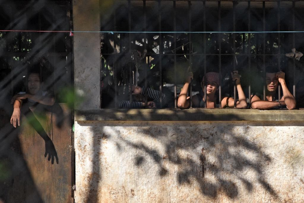 Inmates are seen at Canada maximum security prison in Escuintla department, 75 km south of Guatemala City on November 30, 2015 (AFP Photo/Johan Ordonez)