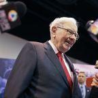 Berkshire slashes Wells Fargo, JPMorgan stakes; adds Barrick Gold