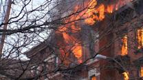 Eyewitnesses Describe New York Building Explosion