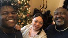 Teen loses both parents to coronavirus just days apart