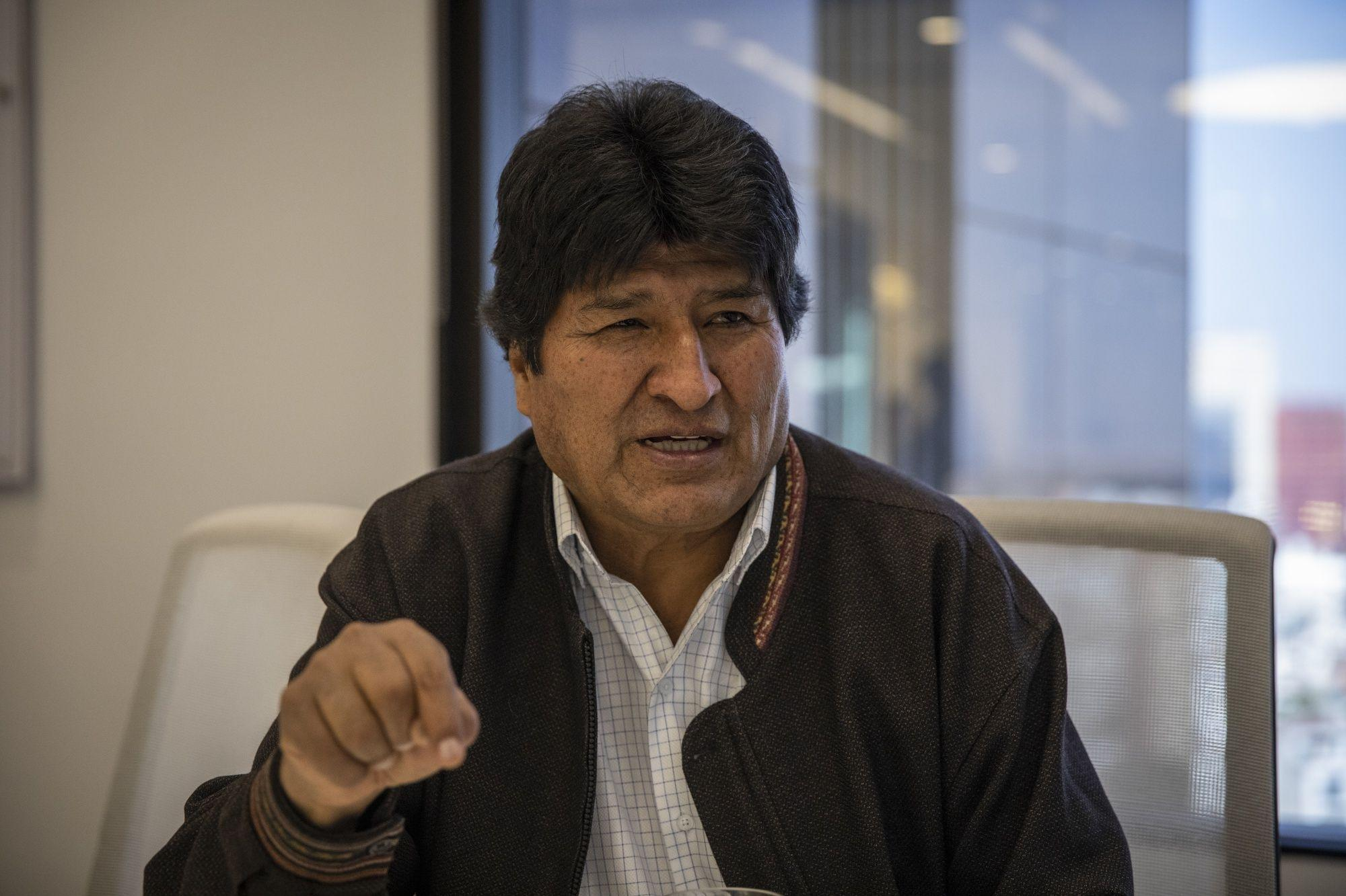 Bolivia`s Morales arrives in Argentina, to get refugee status