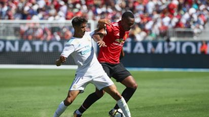 VIDEO - La folle chevauchée de Martial dans la défense du Real Madrid