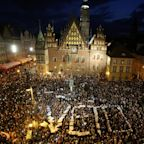 Poland's president defies government as he vetoes controversial judiciary reforms