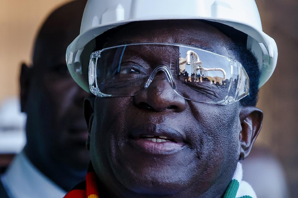 Zimbabwe may be open for business but much needs to be done to woo investors back (AFP Photo/Jekesai NJIKIZANA)