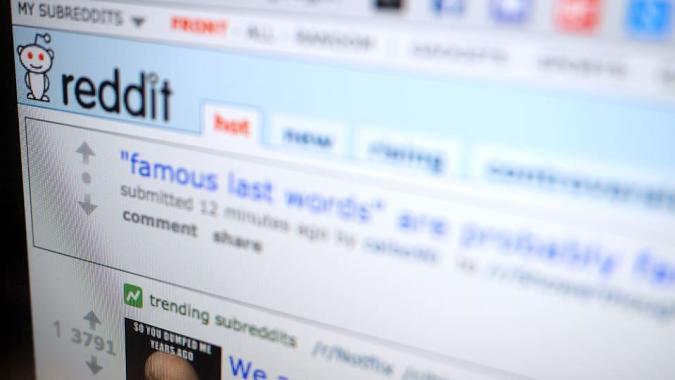 Web tool measures your Reddit friends' bigotry