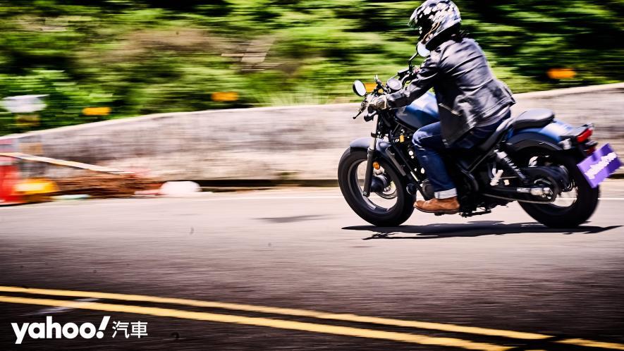 展現難以置信的靈活輕鬆!2020 Honda日系美式車型Rebel 500新北山區試駕! - 19