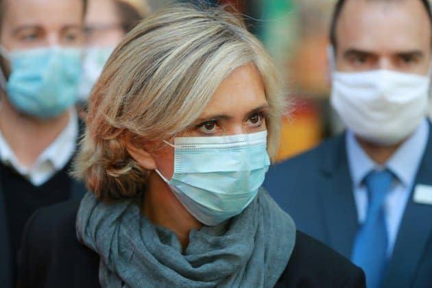 """Gestion des vaccins: les régions ne sont pas """"des adversaires"""" regrette Valérie Pécresse"""