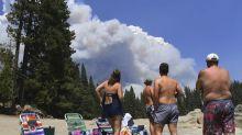 Brände in Kalifornien: Menschen auf Campingplatz gestrandet