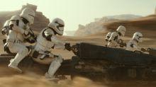 """""""Star Wars""""-Cameos: Diese Mega-Stars waren heimlich dabei"""