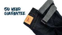 """Empresa lança jeans """"indestrutível"""" que dura até 50 anos"""