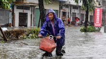 Pictures of the Week: Floods, fouls and Formula One