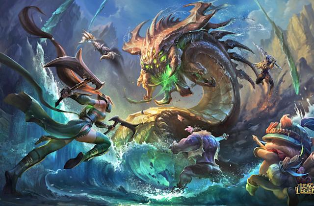 What happens when a pro 'League of Legends' game crashes?