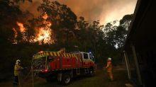 Couple prepare to fight NSW 'megafire'