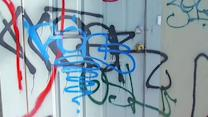 Oakland residents frustrated with graffiti taggers