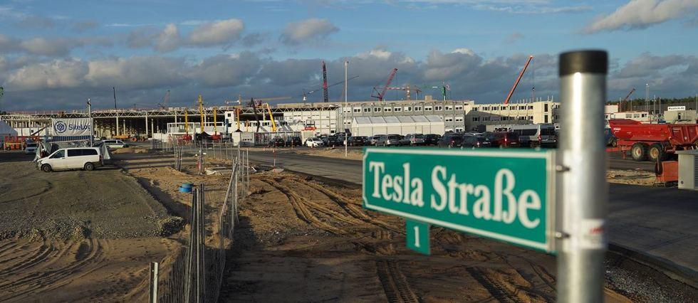 Tesla construit à Berlin « la plus grande usine de batteries » au monde