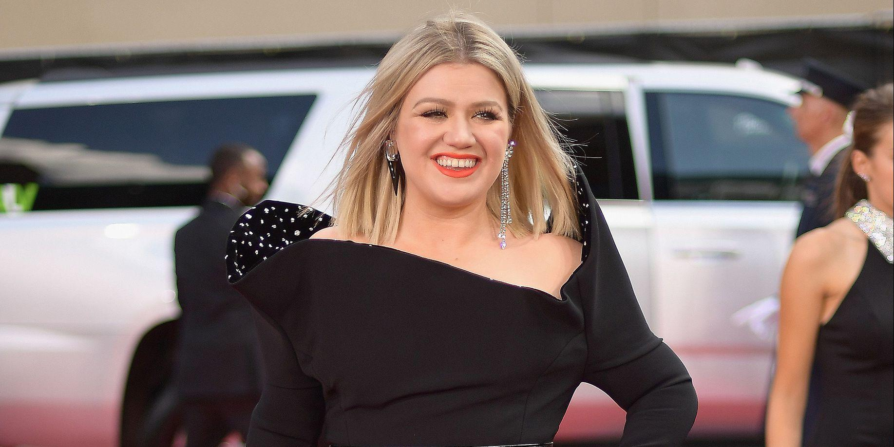 Kelly Clarkson Just Revealed The Hilarious Secret To Her Apparent Weight Loss