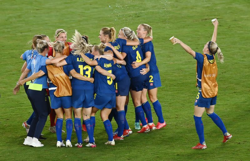 Olympics-Soccer-Swedes, Canada ask for women's gold-medal match to be moved