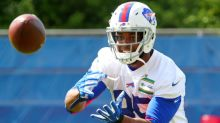 With child on the way, Bills TE Charles Clay doesn't make road trip to Oakland