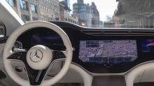 Mercedes EQS (2021) : une première vidéo à l'intérieur de la berline électrique high-tech !