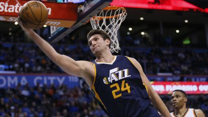Sources: Mavs to sign center Jeff Withey