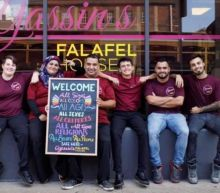 Syrian refugee's falafel shop giving free meals to furloughed government workers