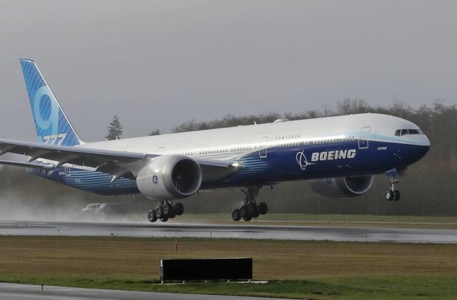 Boeing completes test flight for the world's largest twin-engine jet
