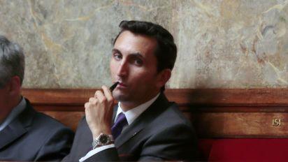 Exclusions LR : Julien Aubert compare les Constructifs aux migrants de Calais sur Twitter