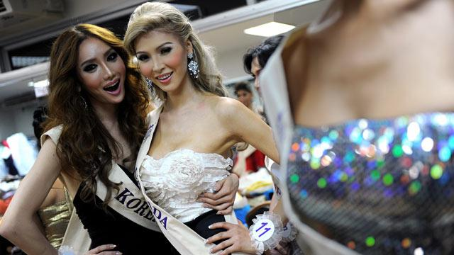Trump Won't Bar Transsexual Beauty Queen From Shot at Miss Universe Canada Title