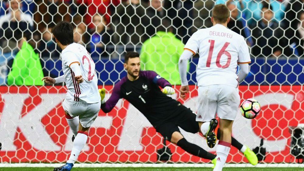 España ilusiona conquistando el Stade de France