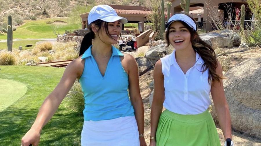 'Bachelor' star' looks sporty chic in tennis skirt