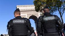 Paris : sept personnes arrêtées pour avoir tenté de percuter un gendarme