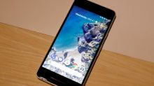 Google's latest iPhone rival off to a rocky start