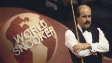 Snooker's Willie Thorne 'penniless' from gambling